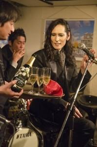 140524_003「シャンパンが来ました」